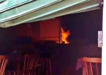 HOJE: Incêndio atinge pizzaria em Gravatá; fogo já foi controlado