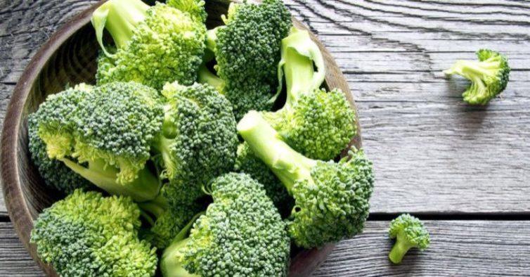 Brócolis pode te ajudar a perder peso; descubra como