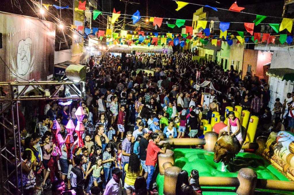 Amauri de Medeiros fica lotada em mais uma noite do São João Comunitários