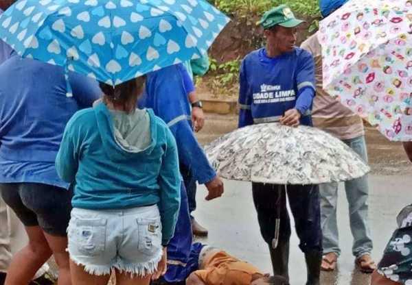 FATAL: Gari morre após cair de carro de coleta