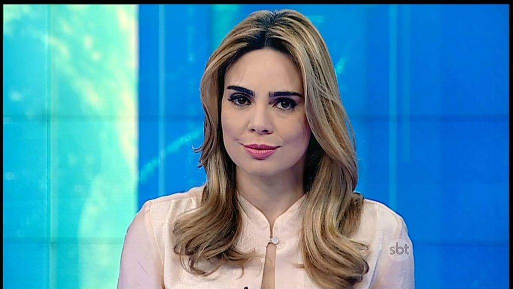Após atacar governo Bolsonaro, jornalista do SBT sofre ameaça de demissão