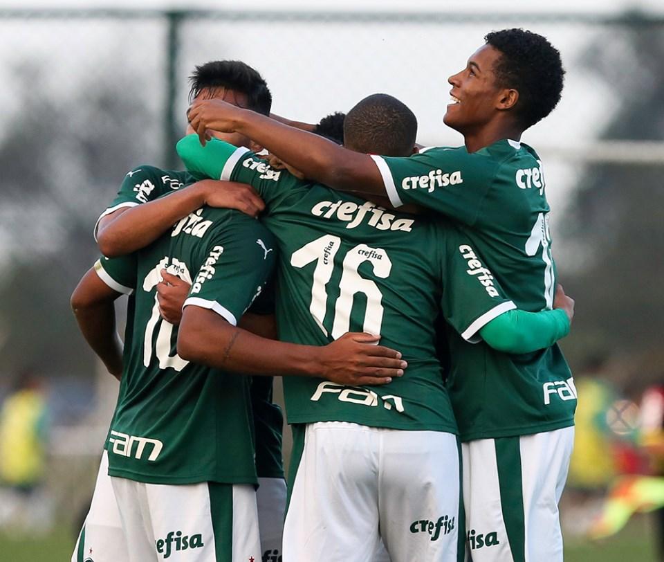 Palmeiras joga amanhã contra o Inter pela Copa do Brasil