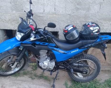 Covardia: Homem rouba moto de mototaxista em Gravatá; criminoso estava armado