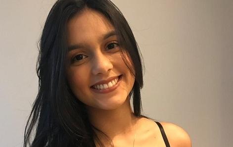 Com apenas 17 anos, pernambucana é aprovada para o curso de direito na UNICAP