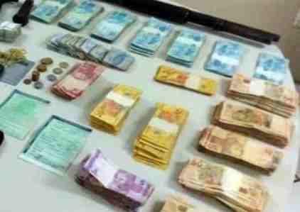 Polícia recupera dinheiro e armas usadas por criminosos que mataram PM em Santa Cruz