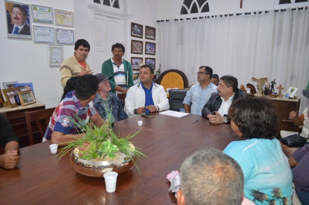 Gravatá anuncia doação de terreno para construção de sede da Associação de Moradores do Bairro Porta Florada