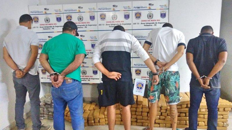 Água Preta: Homens são presos com mais de 280 quilos de maconha na Rodovia BR-101