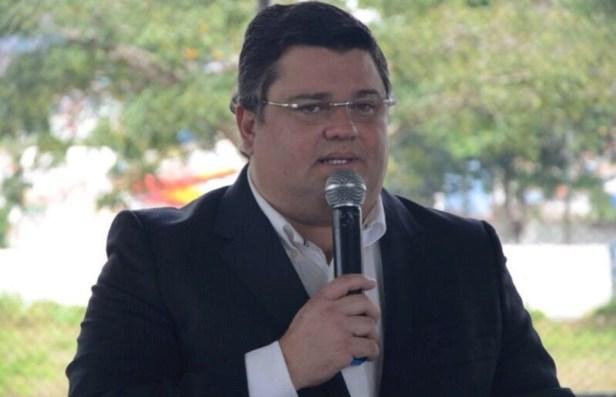 Neto da Banca sinaliza interesse em disputa eleitoral no próximo ano em Gravatá