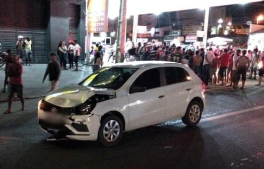 Grave acidente envolvendo moto e carro é registrado em Santa Cruz do Capibaribe
