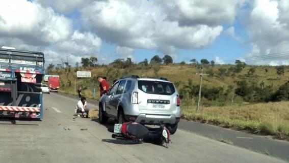 Em Vitória, acidente grave registrado na BR-232; manada de boi atravessava a pista