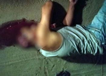Homem morto por amigo enquanto defecava no quintal da casa que dividiam aluguel