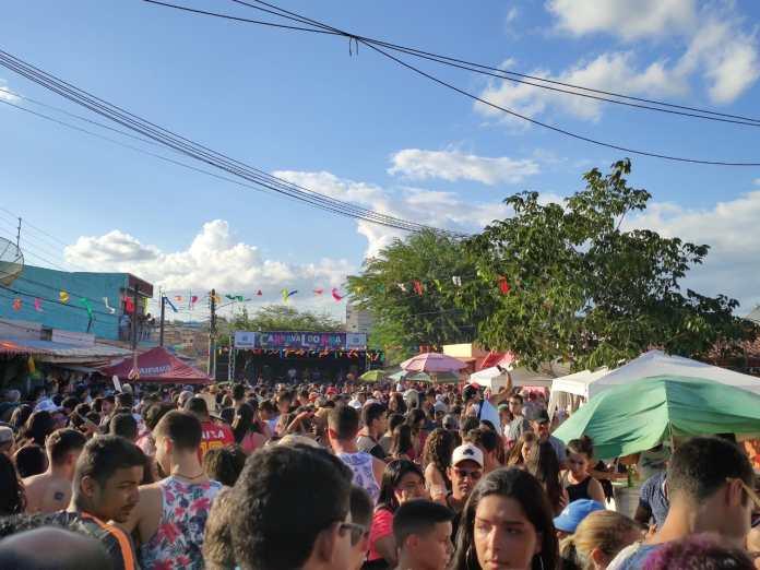 GRAVATÁ: Levada do Guettho sacode multidão no Carnaval do Jura