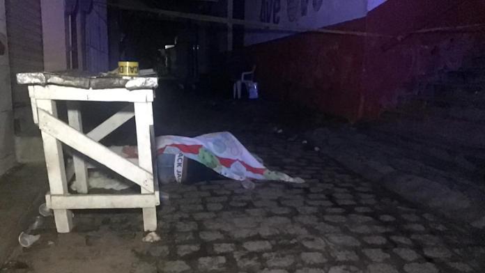 Homem executado a tiros no centro de Vitória de Santo Antão
