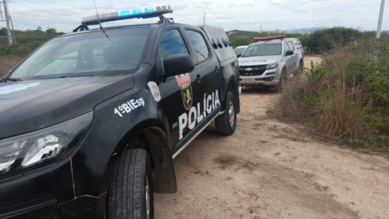 Adolescente de 14 anos raptado durante a madrugada é encontrado morto na zona rural de Caruaru