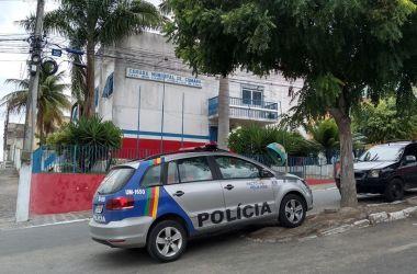 Prédios públicos de Cumaru são arrombados
