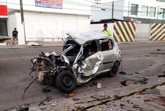 Homem e morre e três pessoas ficam feridas em acidente grave registrado em Olinda (RMR)