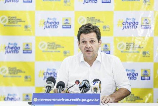 Prefeitura do Recife entrega hospital de campanha com 100 UTIs e 60 enfermarias
