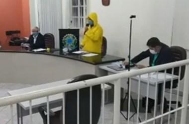Com medo de coronavírus, veja como vereador de Pernambuco foi para reunião