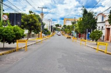 Enquete aponta que 97% da população aprova decisão do prefeito em fechar estacionamentos no centro