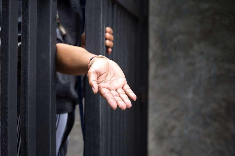 Executiva da AVON é demitida após ser acusada de escravizar idosa em São Paulo