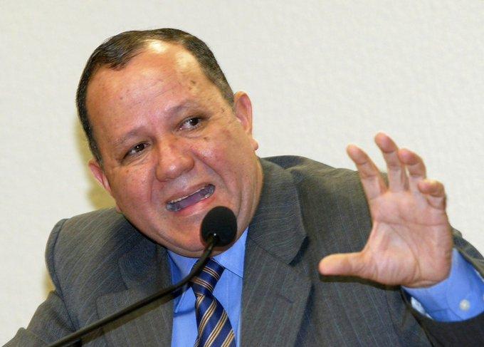 Lava Jato realiza operação contra fraudes na Eletronuclear; ex-ministro é alvo