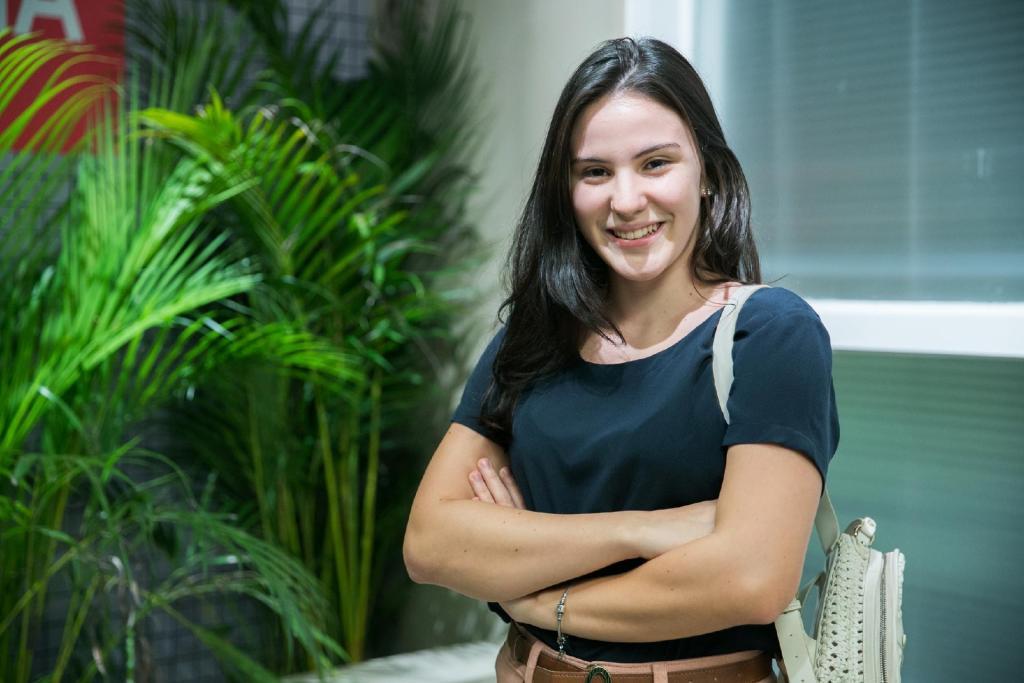 Jojô de 'Totalmente Demais', Giovanna Rispoli diz sofrer assédio na internet desde os 12: 'nojento'