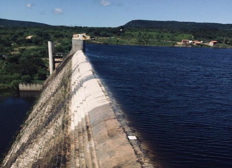 Defesa Civil alerta para risco de enchente após sangramento da Barragem do Ipojuca
