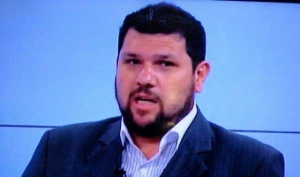 Polícia Federal prende blogueiro Oswaldo Eustáquio, apoiador de Bolsonaro