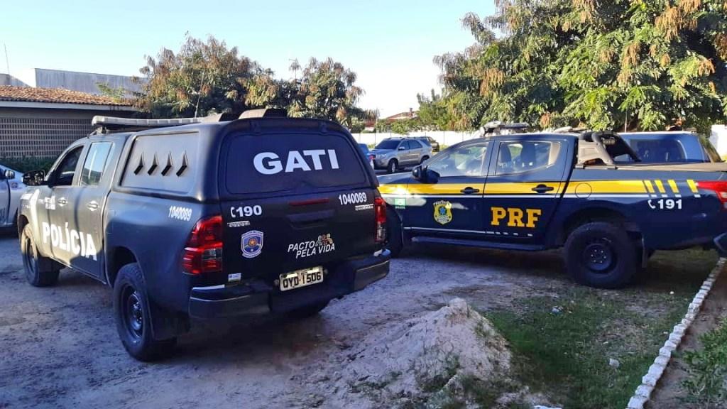 PM e PRF detêm 11 pessoas e resgatam gestante sequestrada em Gravatá