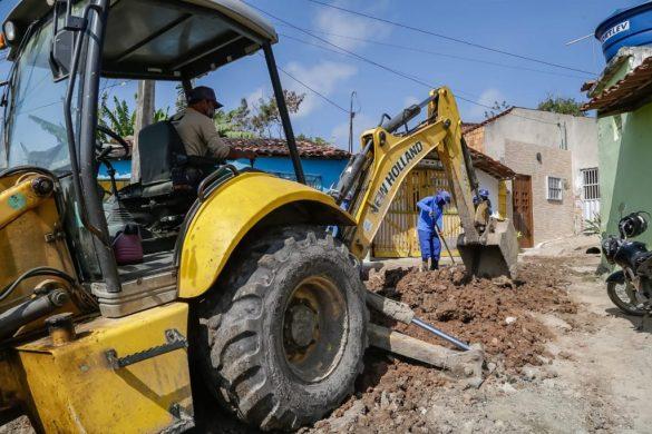Prefeitura de Gravatá realiza obra de saneamento básico no bairro do Cruzeiro