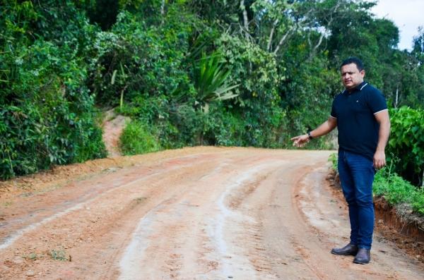 Presidente da Câmara de Gravatá fiscaliza recuperação de estradas na zona rural