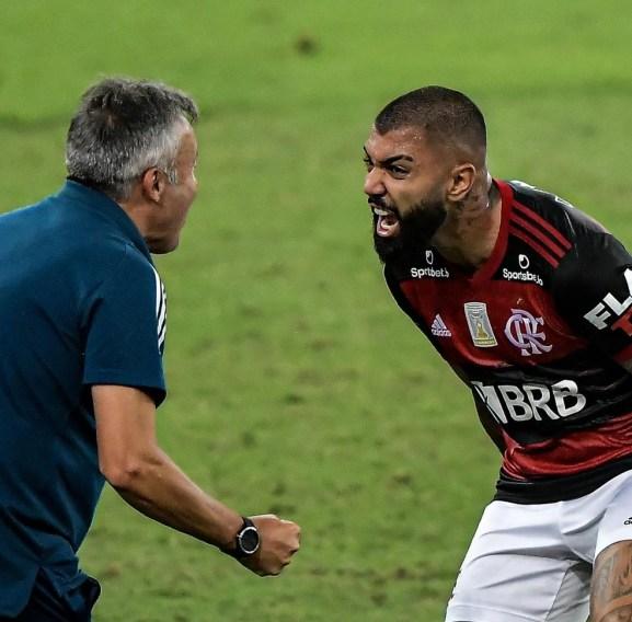 Flamengo vence o Fortaleza por 2x1