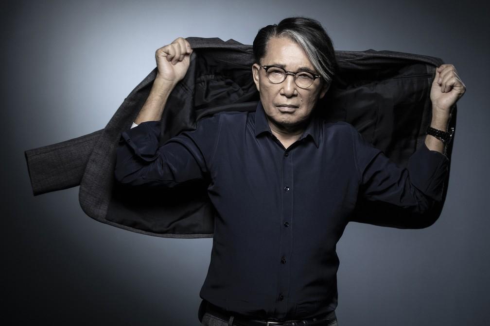 Coronavírus: Mundo da moda lamenta morte de estilista Kenzo Takada