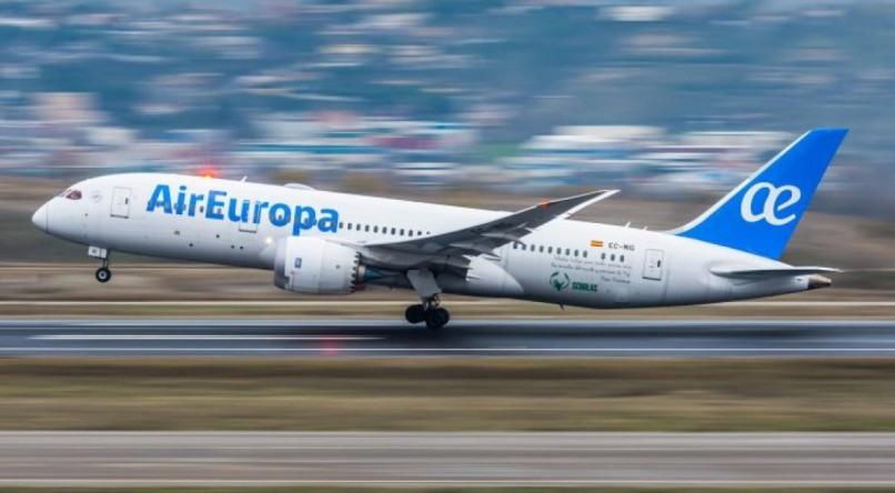 Voo da AirEuropa de Recife para Madri retornam em março de 2021