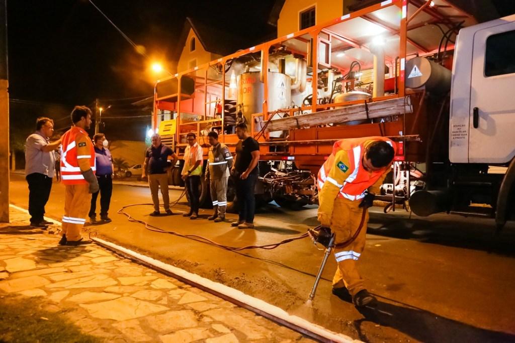 Sinalização de ruas: Prefeitura avança em mais uma etapa do Gravatá Mais Asfaltada
