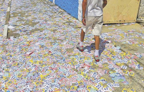 Gravatá: Ministério Público e Justiça Eleitoral de olho quem sujar ruas com 'santinhos' de campanha