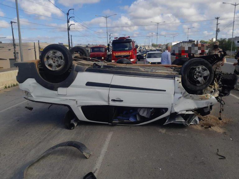 Acidentes deixam 12 pessoas feridas em rodovias federais de Pernambuco