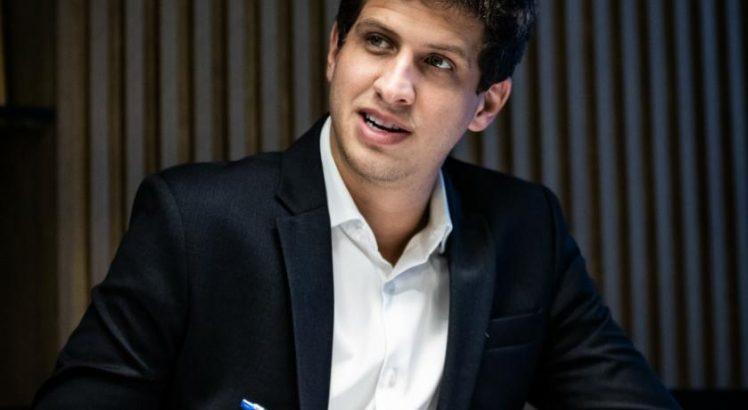 Folha/IPESPE: João Campos lidera pesquisa com 31% de intensões de votos