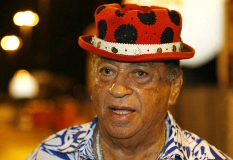 Com coronavírus, Genival Lacerda é entubado em UTI do Recife
