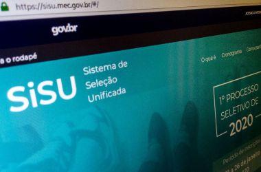 Ministro diz que SISU não usará nota do ENEM para vagas do 1º semestre