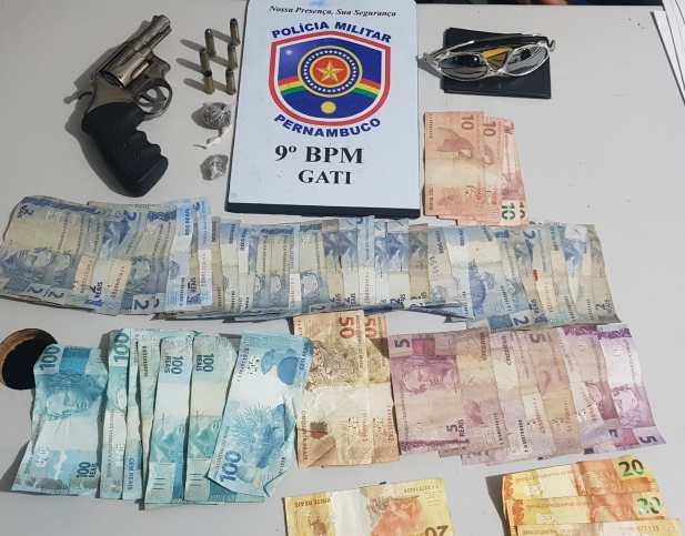 Garanhuns: Polícia Militar prende dupla suspeita de roubo
