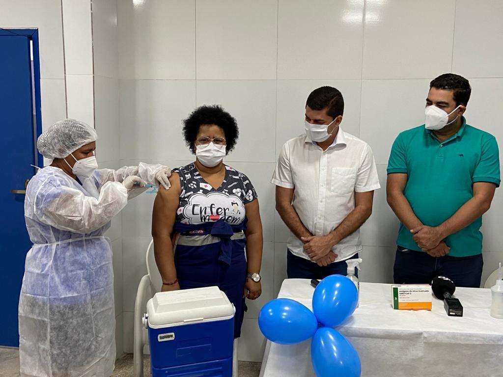 Momento histórico: Chã Grande inicia vacinação contra a Covid-19