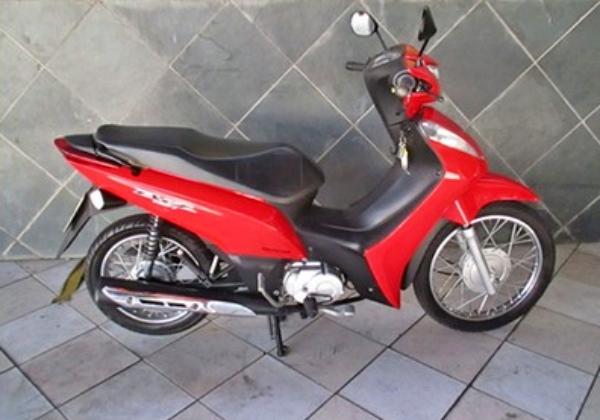 Gravatá: moto furtada em terraço da casa do proprietário
