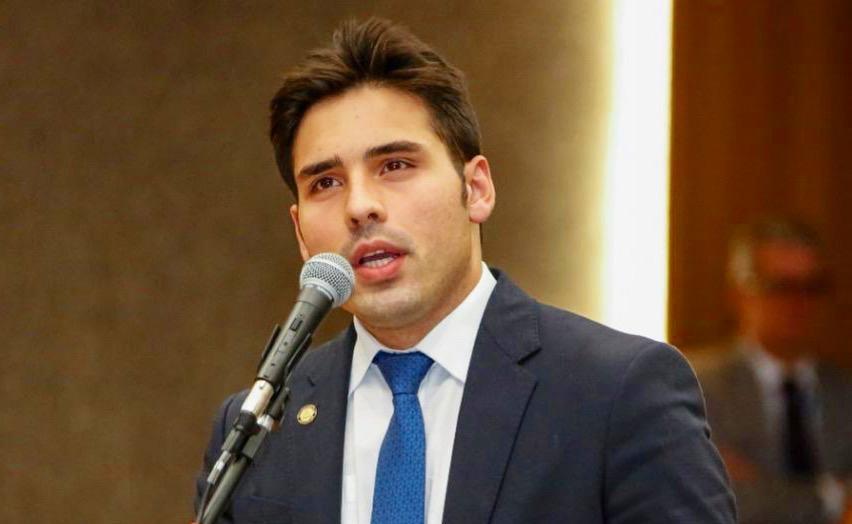 Aprovado PL de João Paulo Costa que facilita comunicação com deficientes auditivos em hospitais