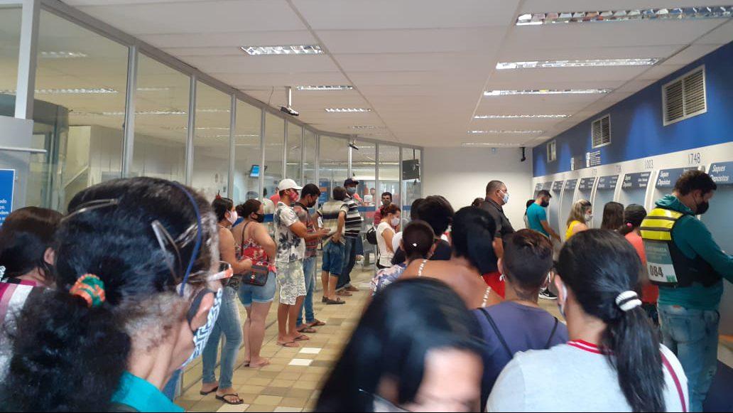 Gravatá: parece que não existe coronavírus em filas da Caixa Econômica Federal