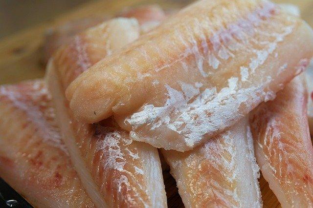 Preço do bacalhau tem variação de preço em 275,86% e chega custar R$ 119 reais 800g