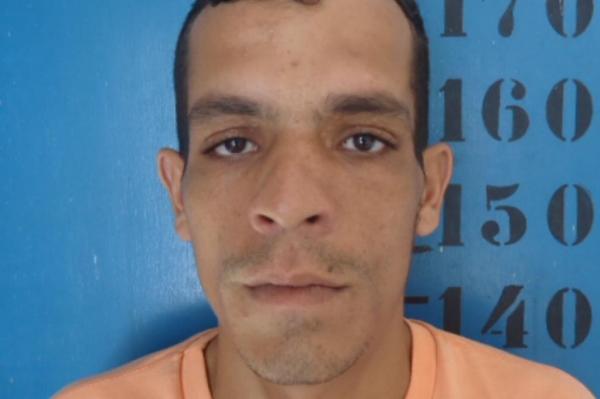 EXCLUSIVO: acusado de agredir e matar a mulher em Gravatá se entrega à polícia