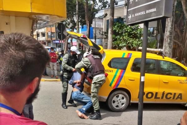 assaltante preso centro garanhuns agreste violento 1