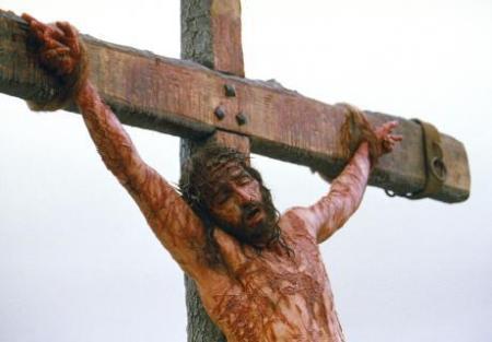 jesus-pa-korset