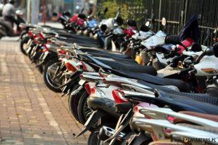 Skutery w Hanoi są dosłownie wszędzie. (www.loswiaheros.pl)
